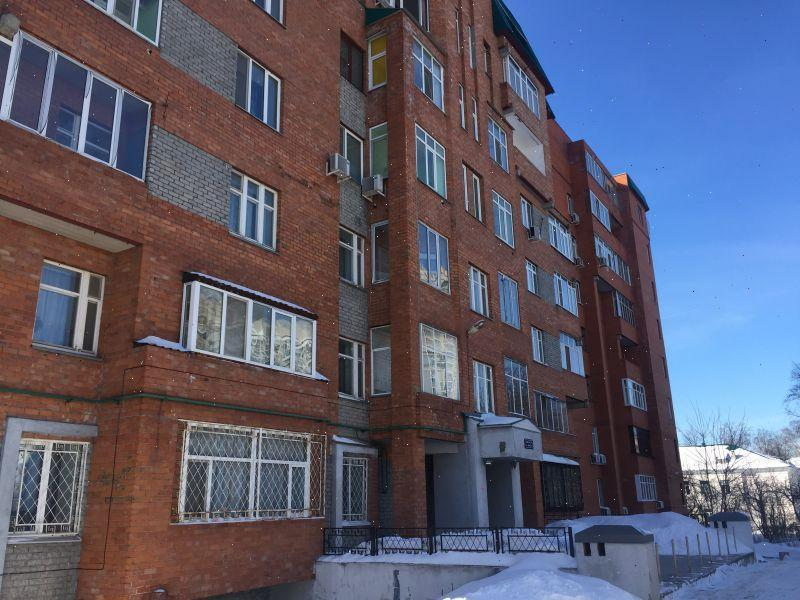 Продажа 4-к квартиры Заря 7а