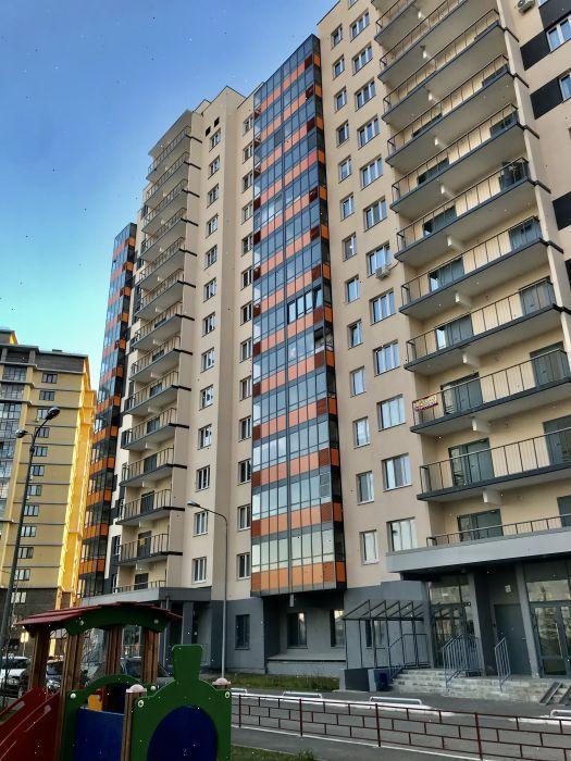 Продажа 2-к квартиры ул. Натана Рахлина, д. 13, корп. 2